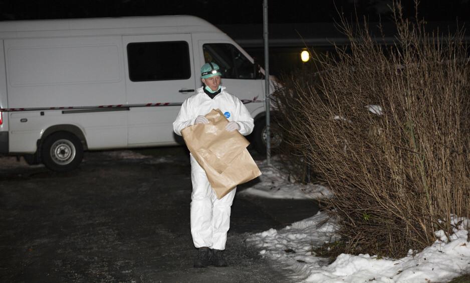 MULIG DRAP: Politiet i Asker etterforsker et mulig drap etter at en person ble funnet død på en adresse. En 20 år gammel mann er pågrepet i saken. Foto: Tomm W. Christensen / Dagbladet