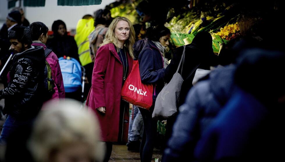 UT AV FATTIGDOM: Arbeids- og sosialminister Anniken Hauglie innfører tiltak for å forhindre at unge innvandrere reproduserer fattigdom. Foto: Bjørn Langsem / Dagbladet
