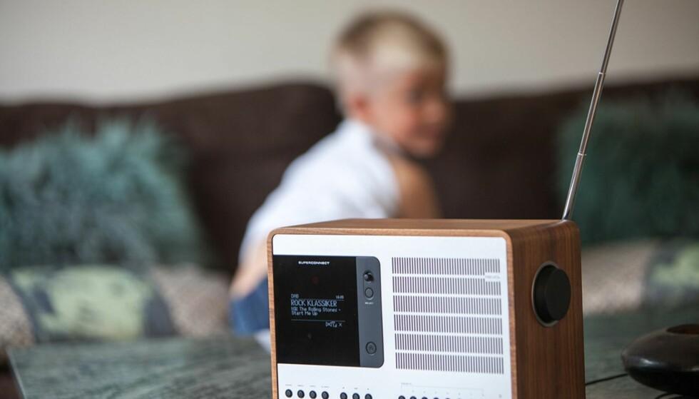OMDISKUTERT: Bestemmelsen om å slukke FM-nettet til fordel for DAB har møtt mye motstand. Foto: Scanpix