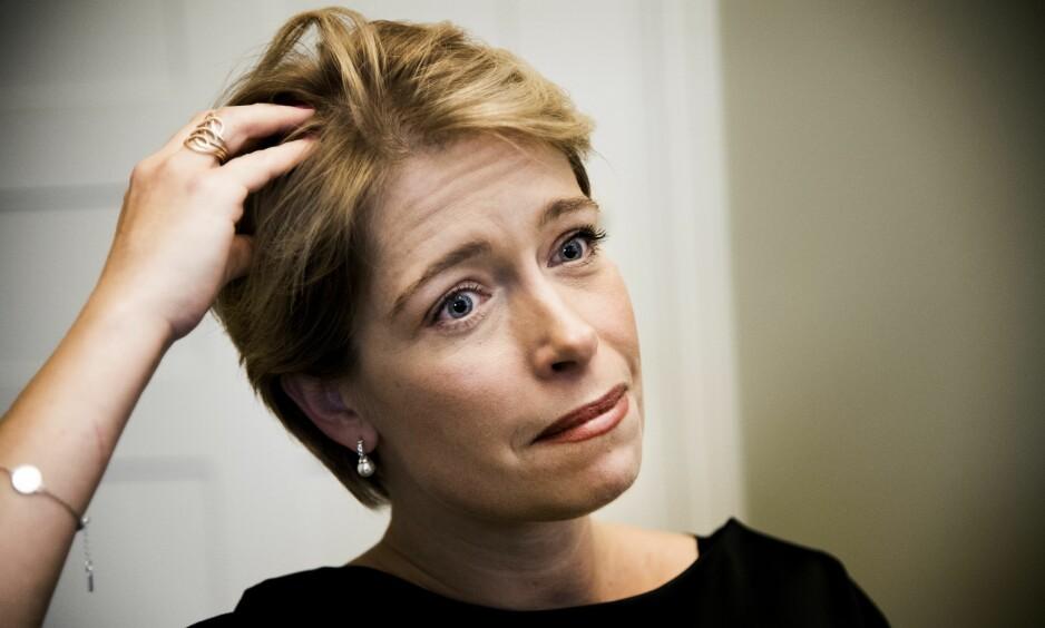 BLE KALT HORE: Sosialminister Annika Strandhäll ble kalt en hore av en Moderaterna-politiker på direktesendt nett-TV i dag. Nå har Moderaterna-politikeren, som også jobbet som kommunikasjonsrådgiver ved partiets kontor, fått sparken fra jobben. Foto: NTB Scanpix