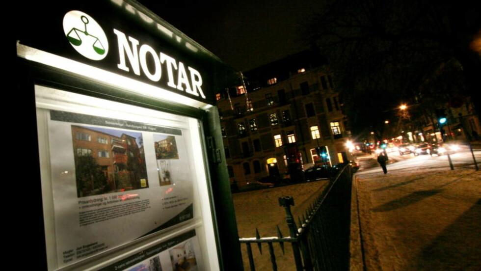 HARDT RAMMET: Notar er en av eiendomsmeglerne som er hardest rammet av finanskrisa. Flere konkorer er konkurs, og totalt 163 meglere har mistet jobben. Foto: SCANPIX