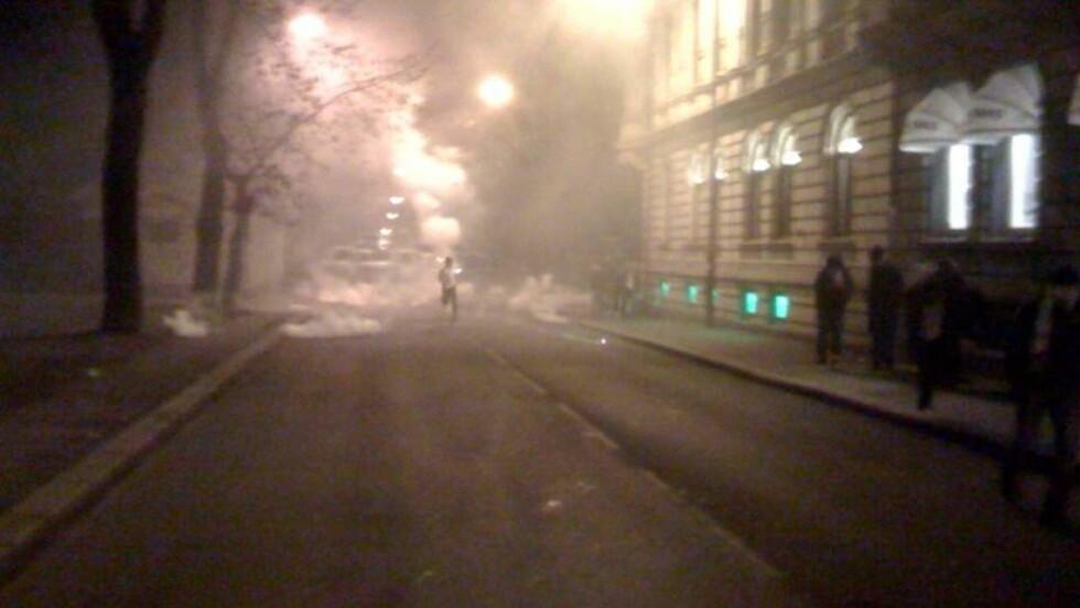 Skjøt raketter mot ambassaden