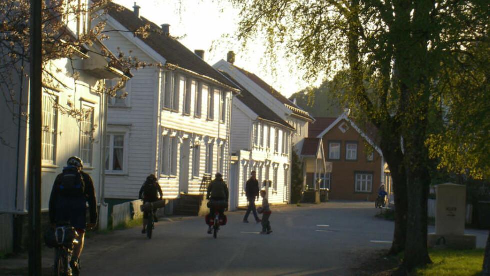 MANDAL: For liten for å være en egen kommune? Det mener Frp. Foto: Kalevkevad/Creative Commons