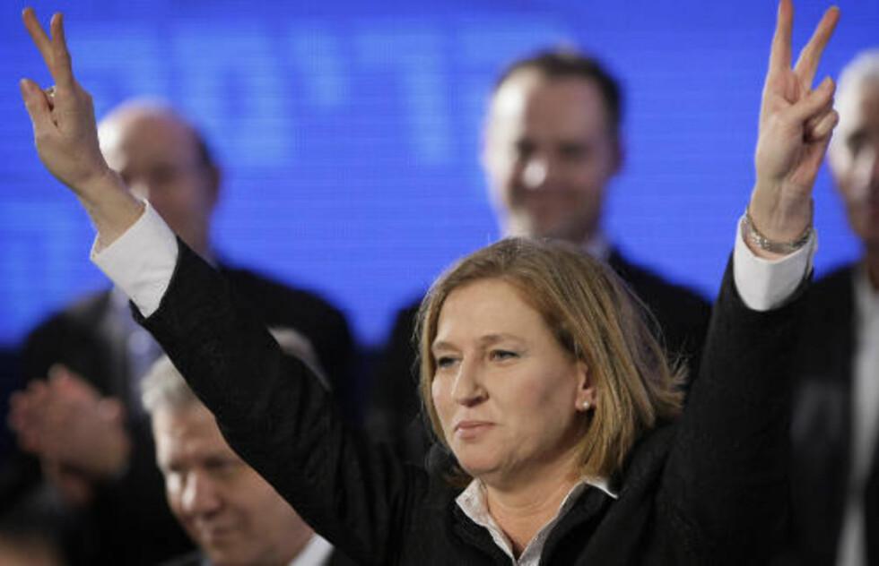 SIKKER PÅ SEIER: Tzipi Livni er i kveld sikker på at hun har vunnet valget. Men fortsatt er det svært jevnt. Foto: AP Photo/Peter Dejong