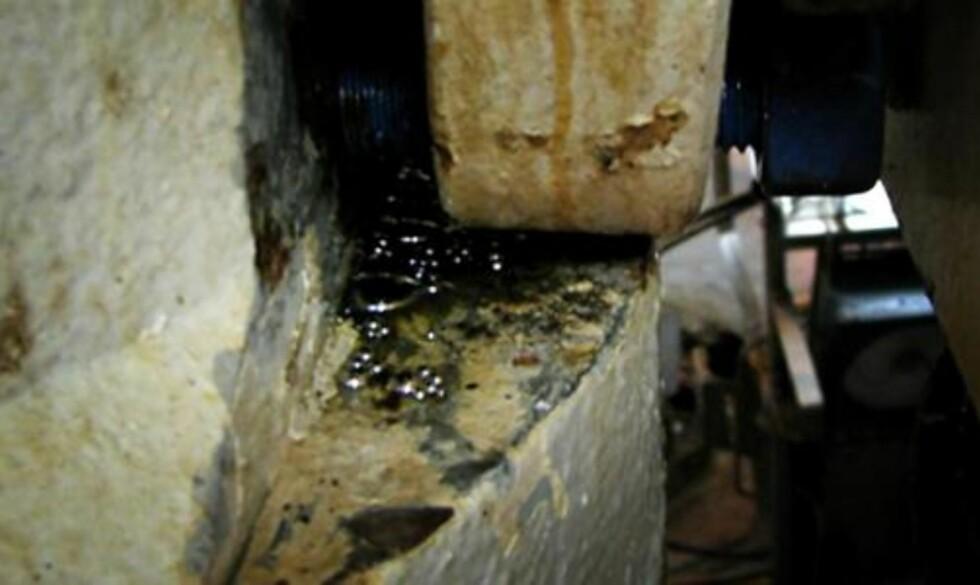 <strong>METALLISK KVIKKSØLV:</strong> Ved demontering av en ventil på plattformen Ekofisk Alfa i januar i år, ble det funnet kvikksølv. Foto: Privat