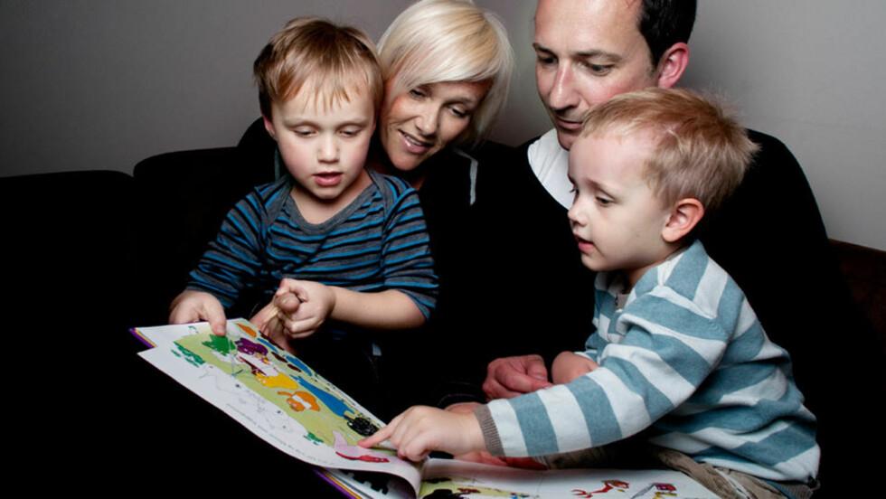 - IKKE OVERIVRIGE: Familien Seljenes fra Høvik sto fram i Dagbladet i forrige uke, i forbindelse med oppslaget om «superforeldre». De kjenner seg ikke helt igjen når det gjelder betegnelsen. Foto: JOHN T. PEDERSEN