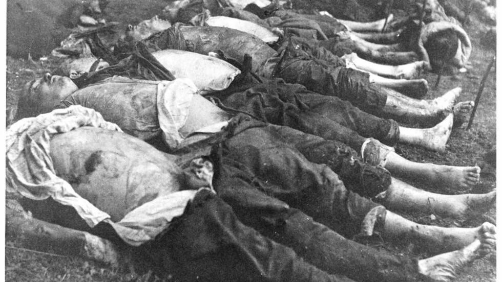 RAINIAI: Ofrene i Rainiai-skogen var lærere, soldater, byråkrater og andre som motsatte seg Stalins regime. De hadde vært begravd i tre dager da de ble funnet.