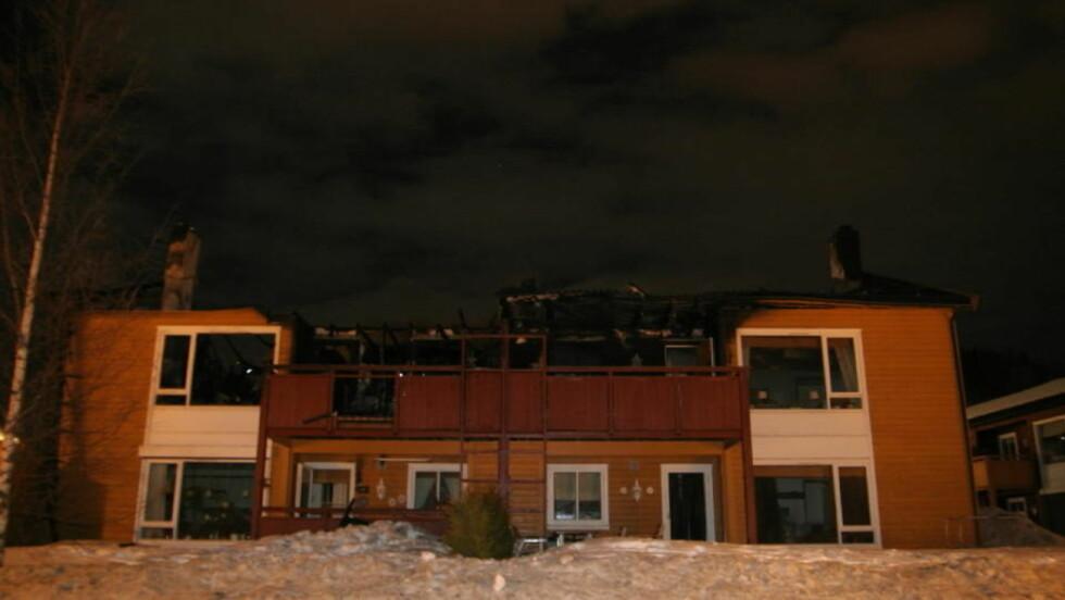 UTBRENT:  - Det gikk utrolig fort før huset var overtent, forteller øyenvitne. Ingen personer ble skadd i brannen. Foto: Tor Aage Hansen