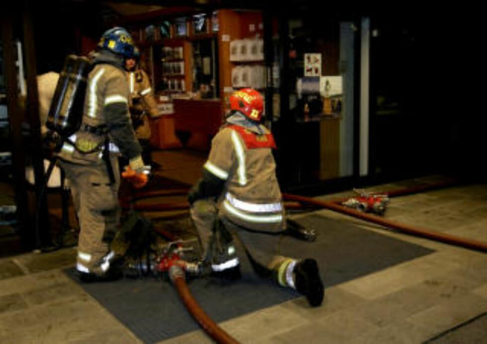 RASKT SLUKKET:  Brannen ved Frammuseet  ble raskt slukket av politiet. Foto: Terje Bendiksby / SCANPIX