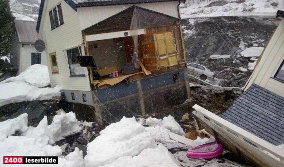 STURLAS EGNE BILDER: Slik så det ut utenfor Sturla Forås' hjem etter at leirraset hadde gått.