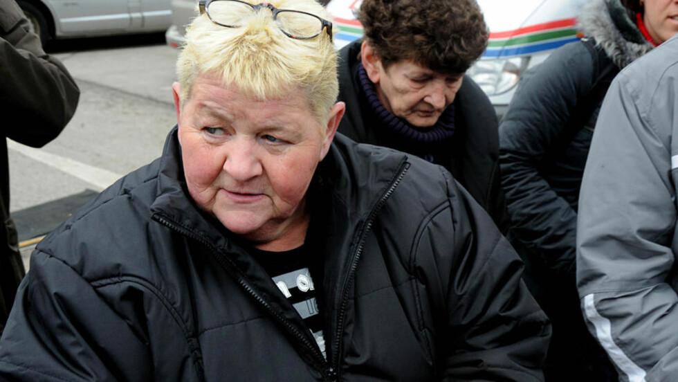 HÅVER INN: Christine Renner (56) møtte opp på Fritzl-rettssaken i dag, prøvde å flykte fra pressen - og ga et eksklusivt intervju med tysk TV. Foto: ØISTEIN NORUM MONSEN
