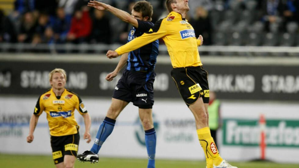 FOTBALL-TV: Sist lørdag sendte NRK 11,5 timer sport. Kvelden ble toppet med kampen mellom Stabæk og LSK i beste sendetid på NRK 1.  Foto: Erlend Aas / SCANPIX