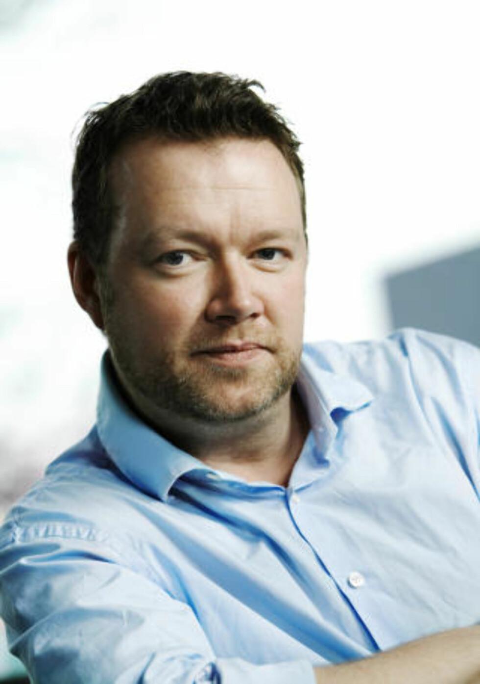 -VIKTIG MED VOKSENKONTAKT: Thomas Hepsøe i Medietilsynet ser digital mobbing også i Norge. Foto: Sverre Jarild/Medietilsynet