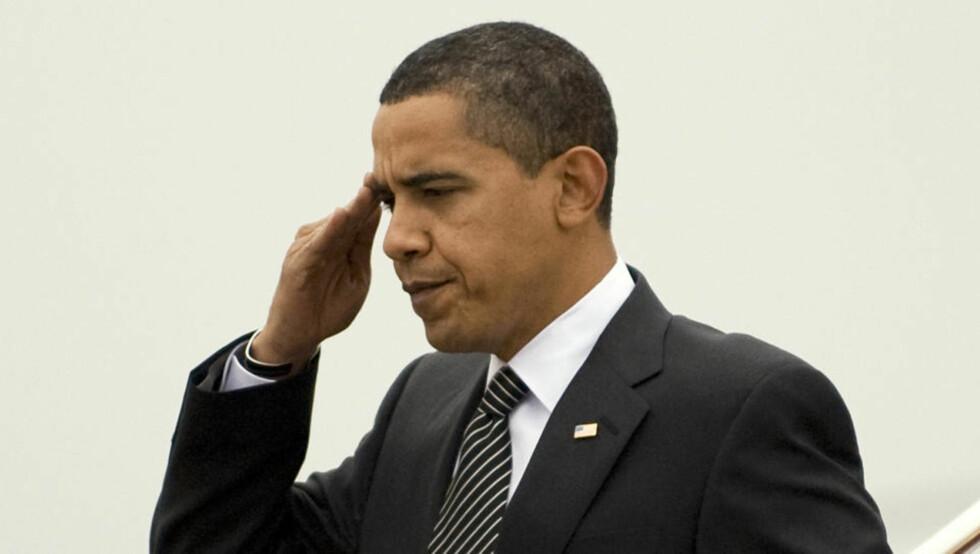 BEKLAGER: Barack Obama serverte politisk ukorrekte varer hos Jay Leno. Foto: Larry Downing/REUTERS/Scanpix