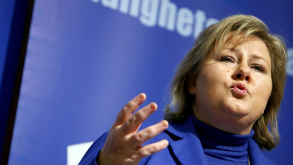 KRISEMÅLING: Partileder Erna Solberg innledet på Høyres felleskonferanse i Oslo i dag.   Foto: Erlend Aas / SCANPIX