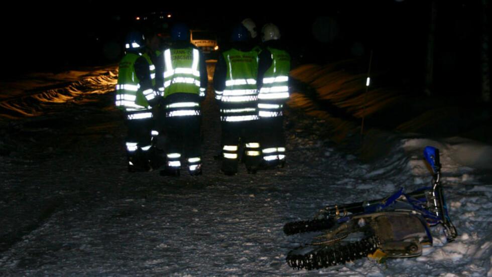 DØDSULYKKE: Fire ungdommer var involvert i ulykken som krevde ett menneskeliv i kveld. Foto: Dan Åsen Hansen