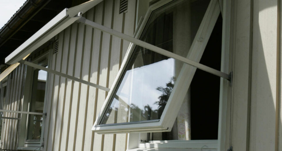 FLEST INNBRYDD I PÅSKEN: Et åpent vindu er er en invitasjon til eventuelle tyver i feriesesongen.   Foto: SCANPIX