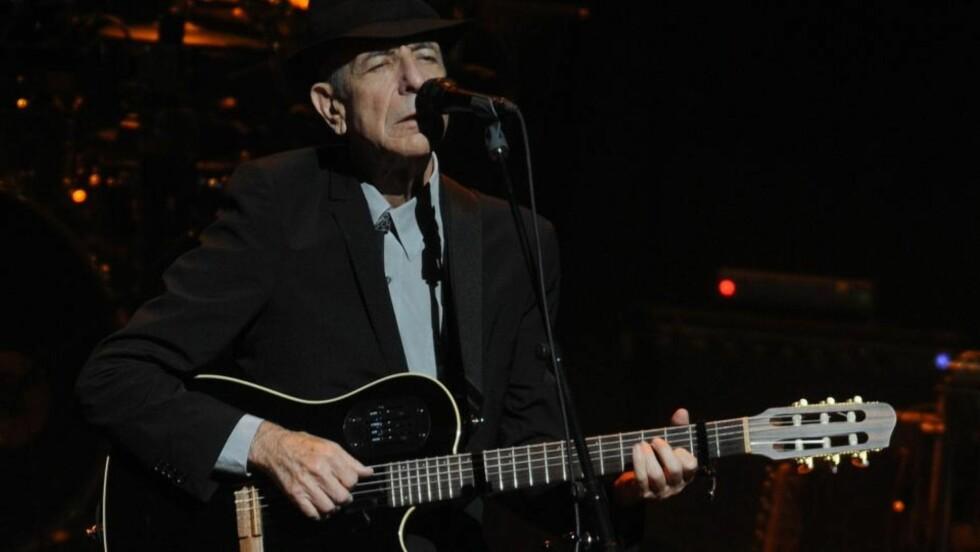 PÅ VEI TILBAKE: Leonard Cohen spiller trolig to konserter i Norge i juli. FOTO: SCANPIX/AP