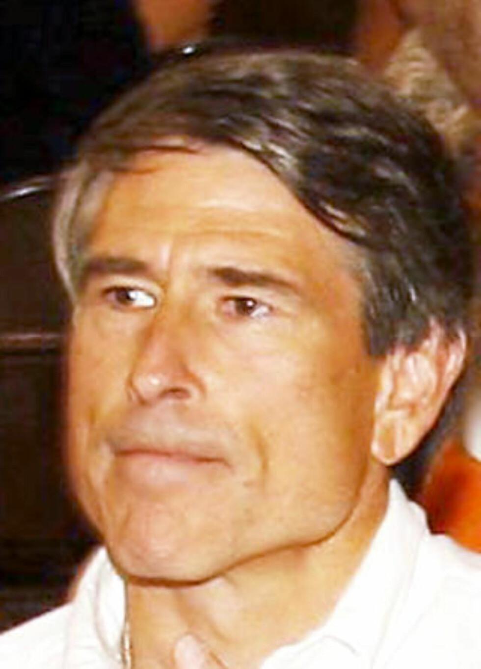 MEDTILTALT: Rod Blagojevichs bror Robert (53) er blant de fem medtiltalte i den omfattende saken. 53-åringen innehadde vervet som styreleder i guvernørbrorens kampanjefond. Foto: TED SCHURTER/DELSTATEN ILLINOIS/AP/SCANPIX