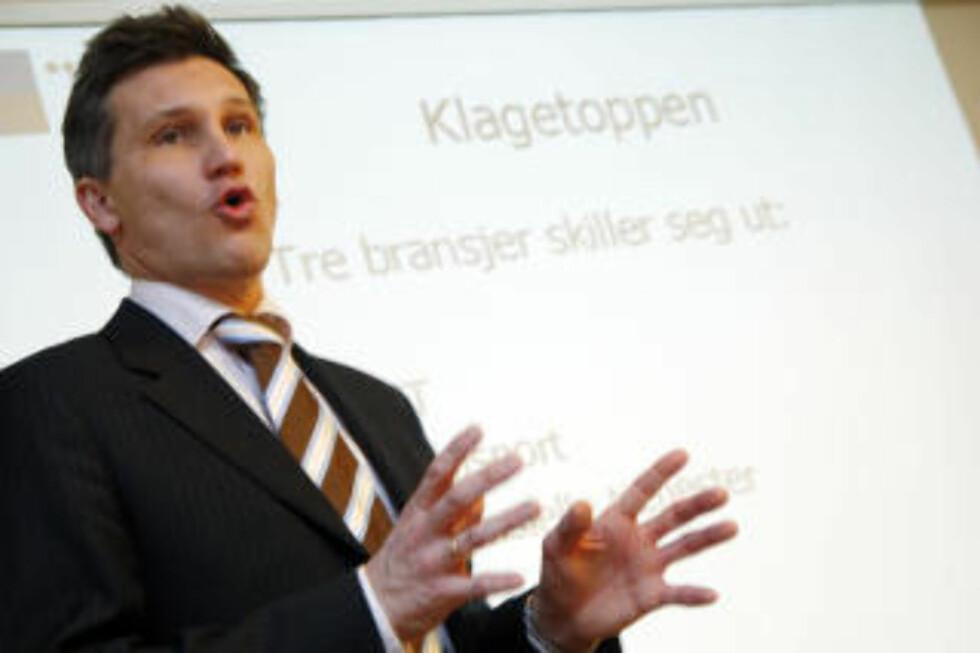 NEGATIV:- Jeg tror folk vil reagere negativt hvis tv-skjermen plutselig blir splittet, sier forbrukerombud Bjørn Erik Thon til Dagbladet.no. Foto: SCANPIX