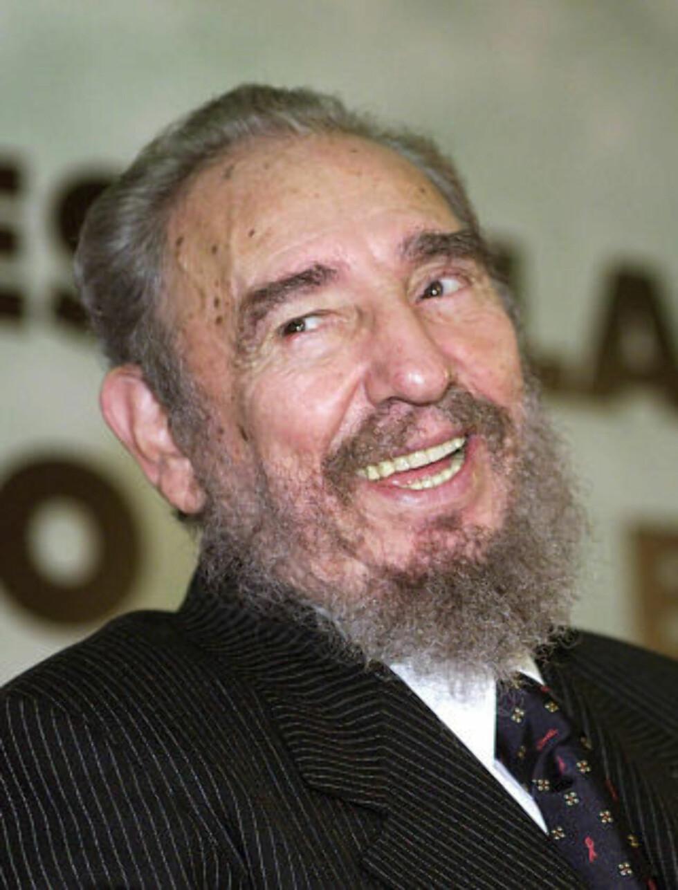 SVEKKET LEDER: Fidel Castro er alvorlig syk og broren Raol styrer i praksis landet. I en uttalelse sier likevel Fidel at landet ikke vil ha veldedighet, men en slutt på handelsblokkaden fra USA. Foto: Evaristo Sa/AFP/Scanpix