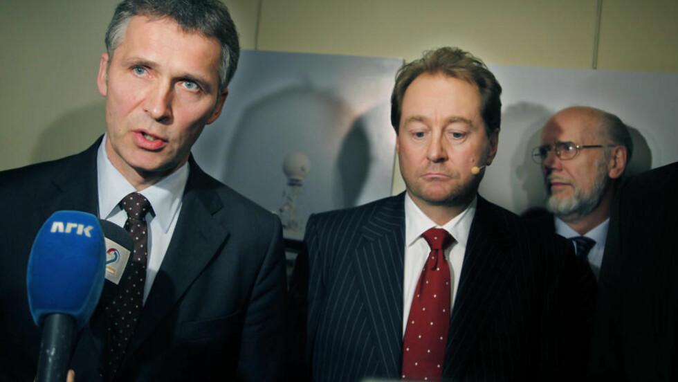 VIL SAKSØKE: Regjeringen vurderer å saksøke Kjell Inge Røkke og Aker hvis ikke transaksjonene mellom Aker og Aker Solutions behandles i generalforsamling. Foto: JACQUES HVISTENDAHL