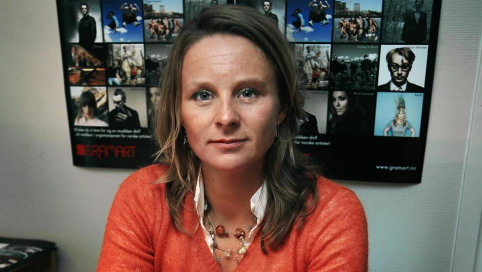 GLAD: Daglig leder Elin Aamodt i GramArt er fornøyd med folks holdninger til nedlasting av musikk. FOTO: STEINAR BUHOLM