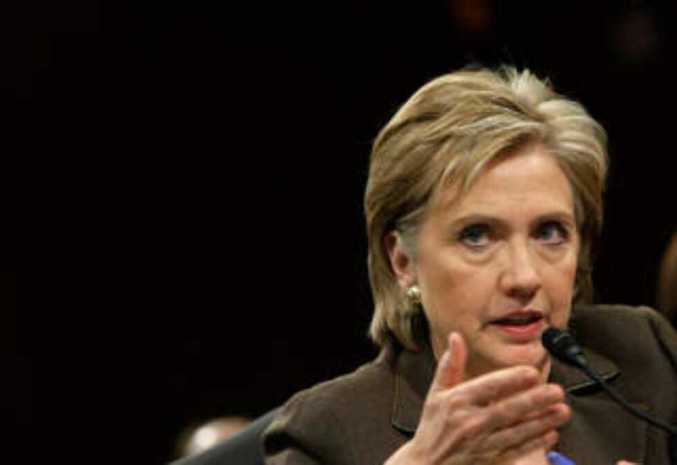 TAR SITUASJONEN PÅ ALVOR: Men det var ikke før amerikanske borgere ble berørt at Hillary Clinton engasjerte seg for alvor i piratkonflikten. Foto: Alex Wong/Getty Images/AFP/Scanpix