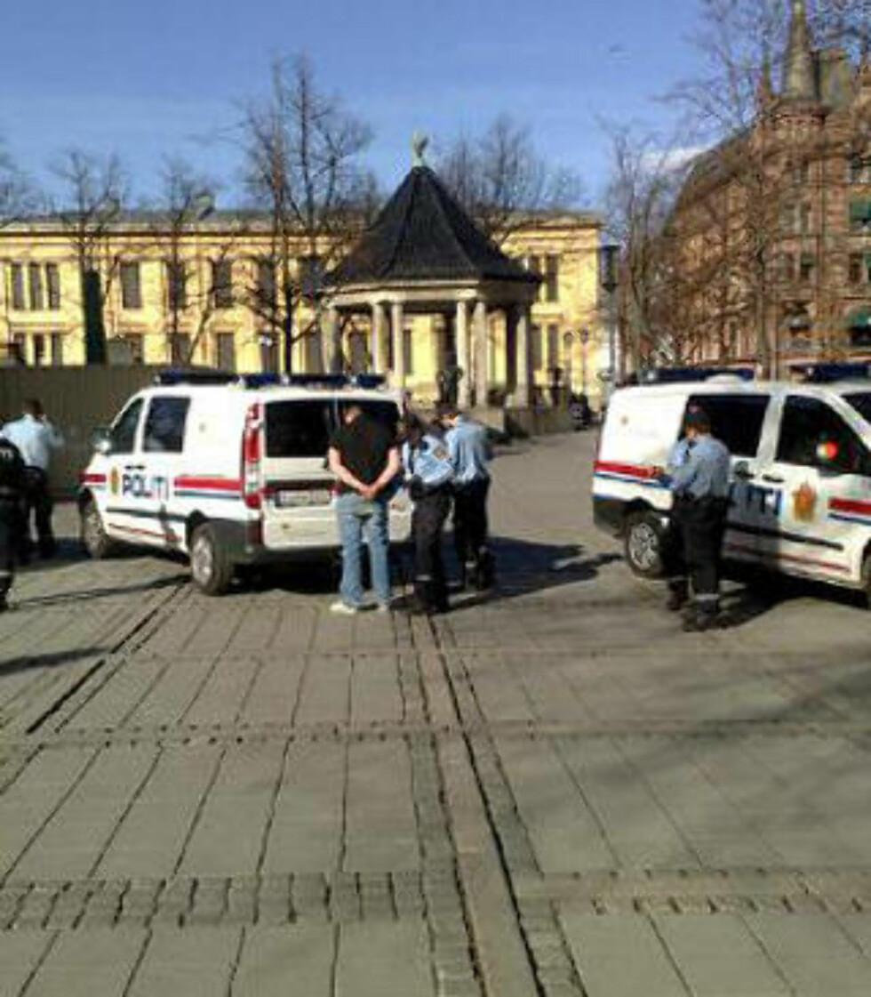 CASUALS: Politiet har så langt pågrepet to personer, men utelukker ikke at det kan komme flere pågripelser. MMS-foto: Bjørn Bore