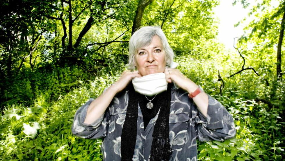 SNAKKER FRITT: Fritt Ord-vinner Nina Karin Monsen (65) forstår ikke Kim Frieles argumenter for å levere prispengene tilbake. Foto: Anniken C. Mohr/Dagbladet