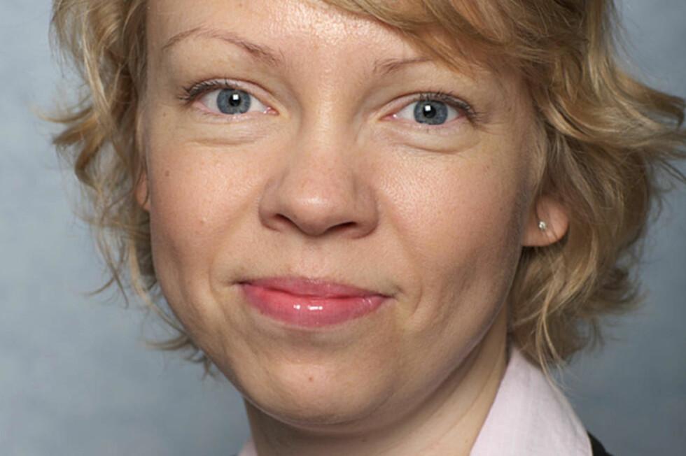 SVARER OM SVINEINFLUENSA:  Lege ved Folkehelseinstituttet Siri Helene Hauge. Foto: Folkehelseinstituttet