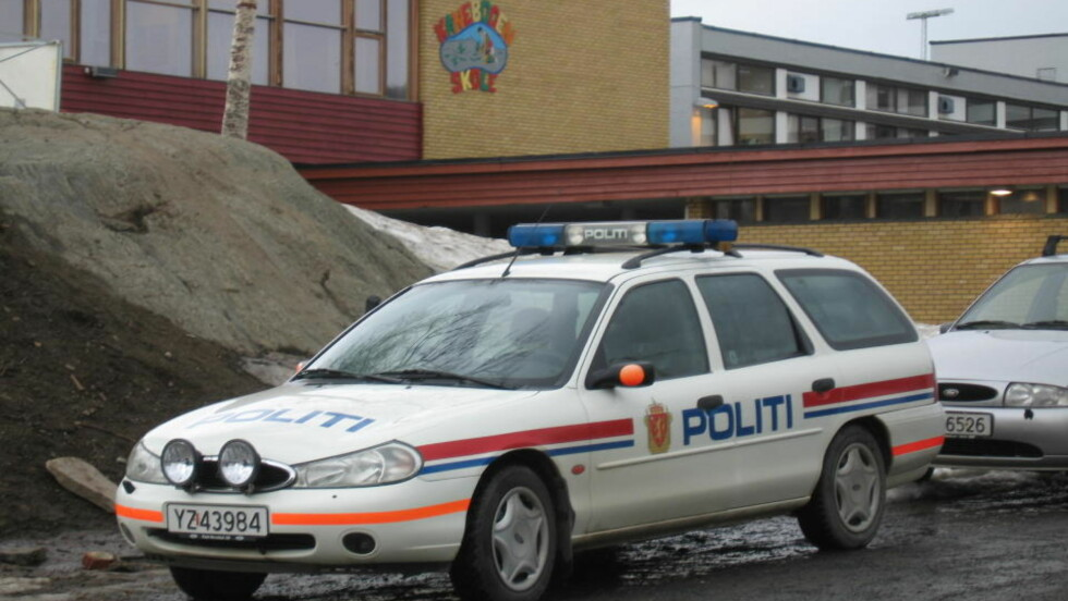 SKØT MED HAGLE:  En ni år gammel gutt avfyret i morges skudd med en hagle i skolegården på Kanabogen skole i Harstad. Foto: Håkon Ruud