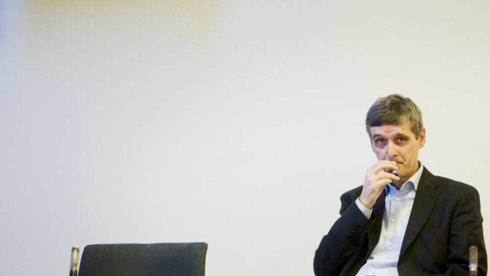 LØNNSKUTT: NRK-sjef Hans-Tore Bjerkaas går frivillig ned i lønn. Men tjener fortsatt snaue to millioner. Foto: Håkon Mosvold Larsen / SCANPIX
