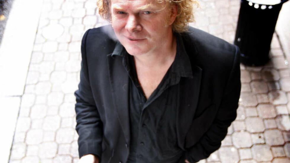 TROR HAN VILLE VUNNET: Torgrim Eggen forbanner at han ikke har gitt ut roman i år. Foto: Lise Åserud / SCANPIX .