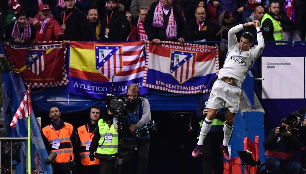 SCORET TRE: Cristiano Ronaldo noterte sin 39. hattrick i karrieren. Foto: AFP PHOTO / GERARD JULIEN / NTB Scanpix