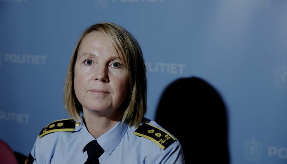 HAR PÅGREPET 23-ÅRING: Påtaleansvarlig Janne Ringset Heltne vil framstille en 23 år gammel IT-kyndig person for varetektsfengsling mandag. FOTO: PAUL S. AMUNDSEN