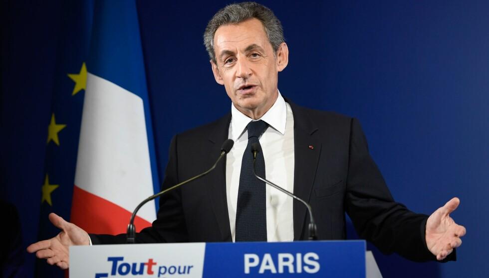 UTE: Tidligere president Nicolas Sarkozy må se seg slått ut av kampen om å bli de konservatives presidentkandidat i Frankrike. Foto: AFP