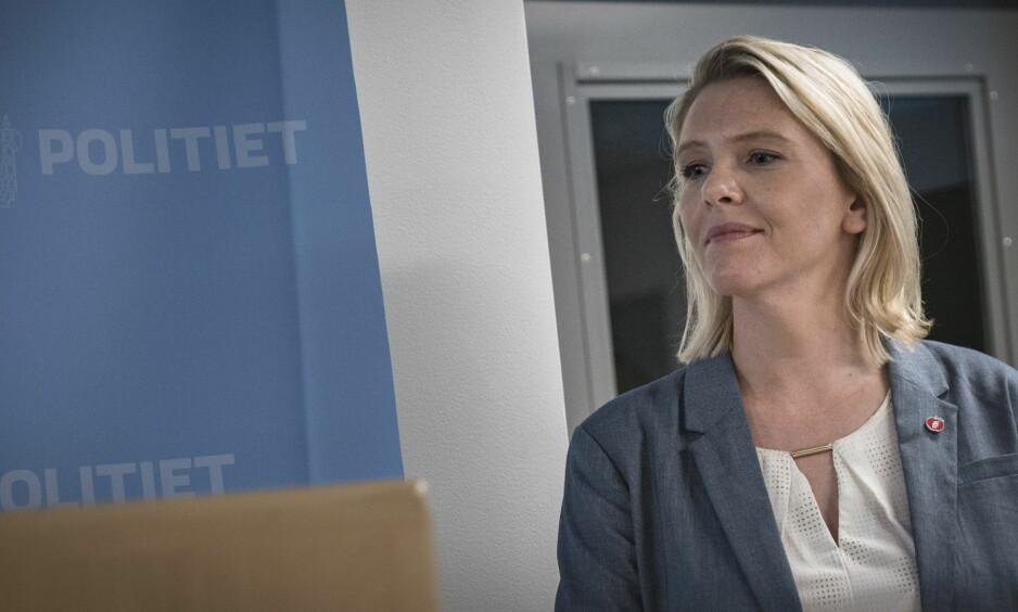 HAR KONTROLL, MEN... - Vi tror ikke på at din strenghet egentlig er din måte å hjelpe flyktninger på, skriver artikkelforfatteren om Sylvi Listhaug. Foto: Øistein Norum Monsen / Dagbladet