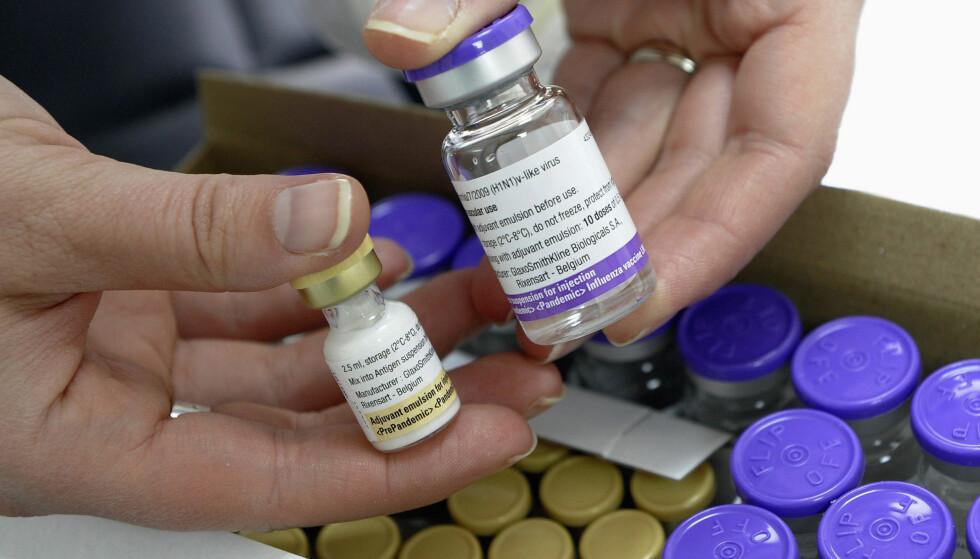 SMITTEVERNLOV: Det hjelper imidlertid lite å ha en god pandemivaksine dersom ingen ønsker å la seg vaksinere. Og blant annet derfor åpner den norske smittevernloven for at pandemivaksinasjon kan gjennomføres ved tvang, skriver innsenderen. Foto: Felix Ordonez / Reuters / NTB