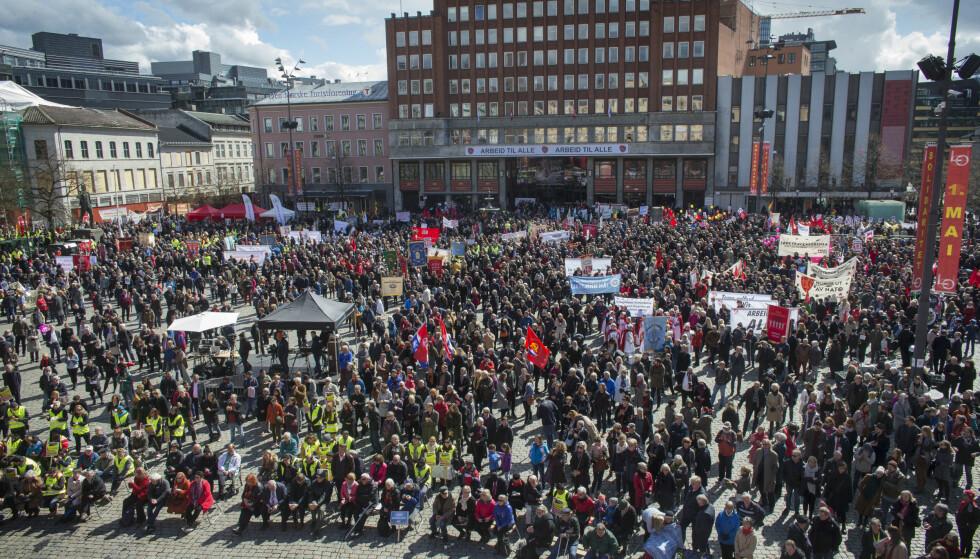 UKLARE: - Venstresiden synes å være uklare og passive med hensyn til hvilke verdier velferdsstaten fortsatt skal bygges på, skriver Tore Nyseter. Her fra Youngstorget i Oslo 1. mai i år.