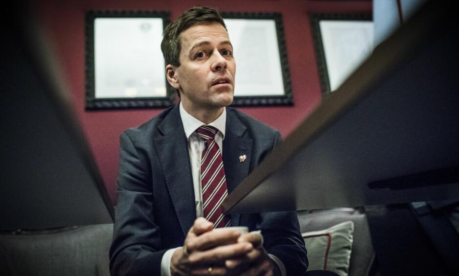TRENGER AVKLARINGER: KrF-leder Knut Arild Hareide er bekymret over manglende progresjon i budsjettforhandlingene, og trenger avklaringer på blant annet distriktsprofilen. Foto: Lars Eivind Bones / Dagbladet