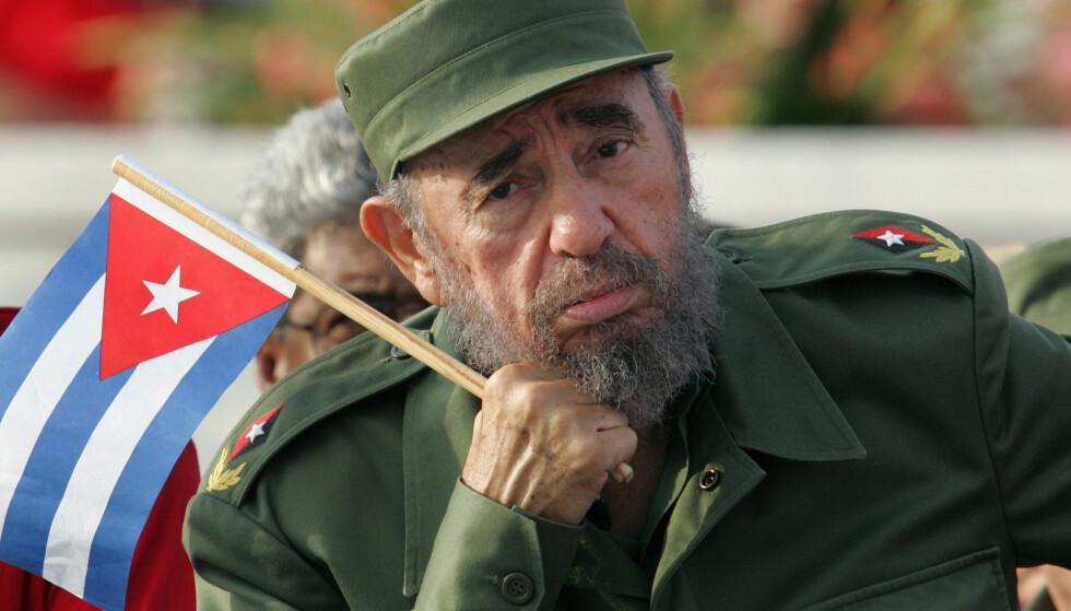DØD: Fidel Castro er død, 90 år gammel. Det melder hans bror Raul Castro. Fidel Castro var president på Cuba fram til 2006, da han overlot makten til sin bror. Foto:Claudia Daut/Reuters/NTB Scanpix