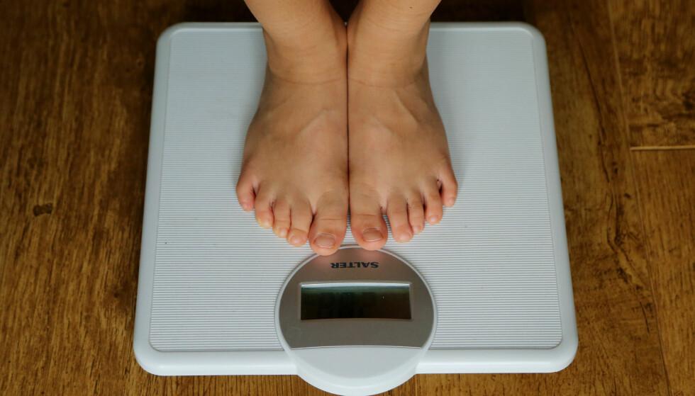 MER BORTE FRA JOBB: Overvektige nordmenn i 50-årene tar ut tre ganger så mange sykedager som dem med en BMI på under 30. Foto: NTB Scanpix
