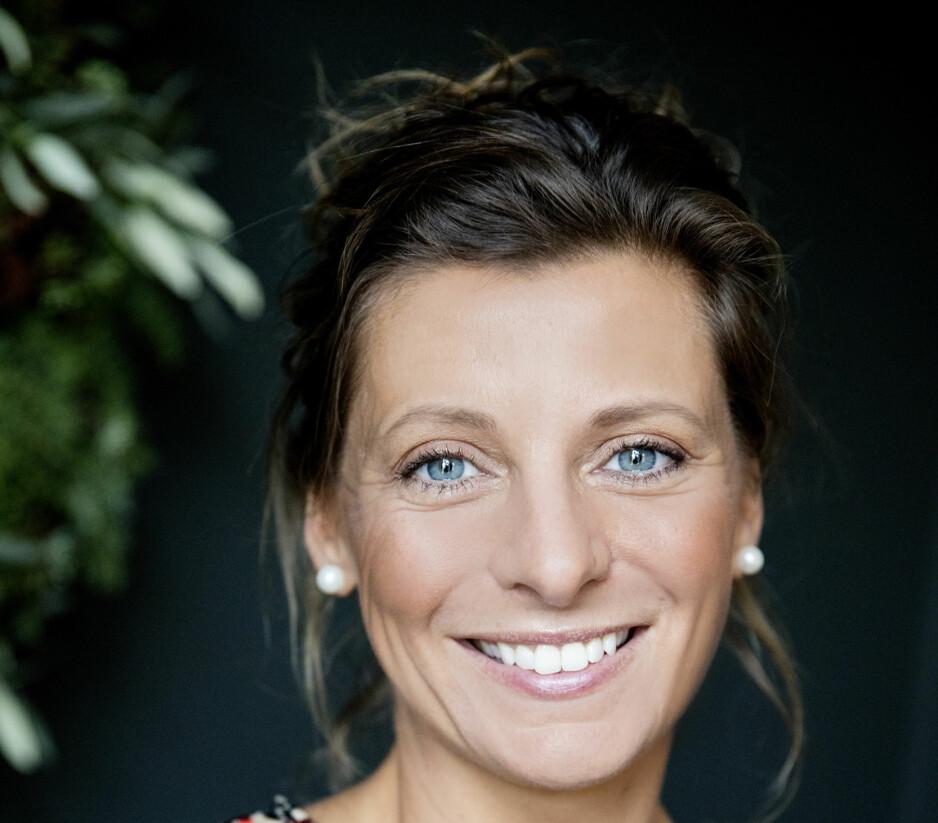 FEST PÅ RESTEMAT: Lise Finckenhagen lager to fester av julematen.