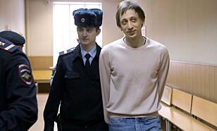 DØMT: Pavel Dmitrichenko ble dømt til seks års fengselsstraff etter syreangrepet på Sergei Filin. Foto: AP Photo/Alexander Zemlianichenko