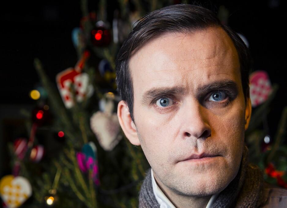 - SER LITT UT SOM HITLER: Skuespiller Vidar Magnussen spiller karakteren Winter i julekalenderen «Snøfall», under innspillingen kom han hjem til barn og samboer og lignet på Hitler, mener han. Bare uten bart. Foto: Bjørn Langsem