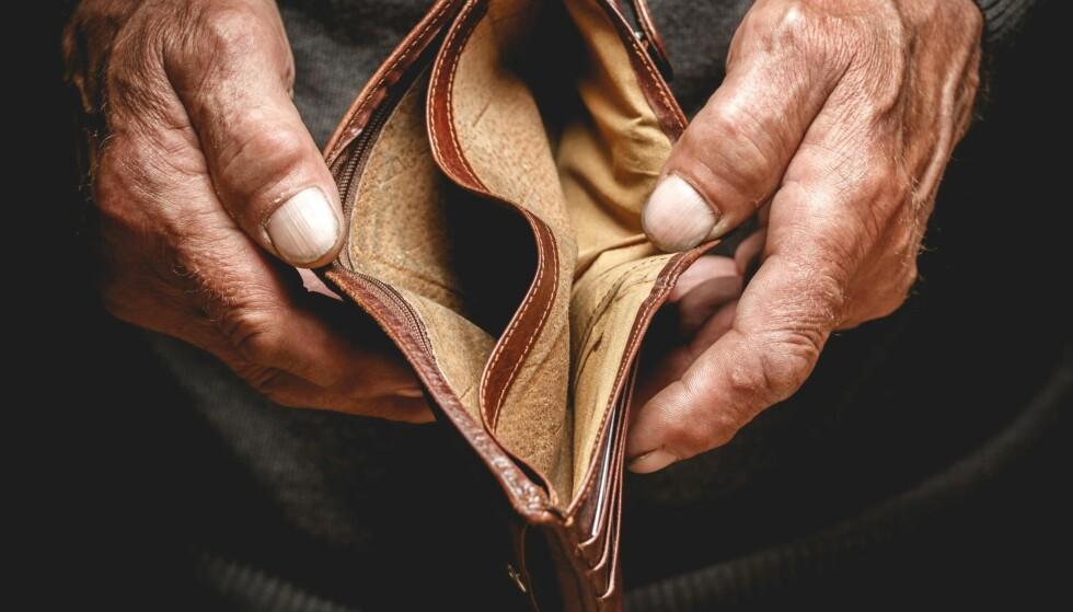 EKSISTENSMINIMUM: Den fattigdommen som vi i dag skaper, masseproduserer ulykkelige mennesker, kriminelle og psykisk syke, skriver kronikkforfatterne. Foto: Shutterstock / NTB Scanpix