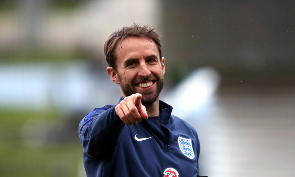 PERMAMENT: Gareth Southgate har ledet England på midlertidig basis den siste perioden, men tar nå over på permanent basis. Her fra en trening tidligere denne måneden. Foto: NTB Scanpix