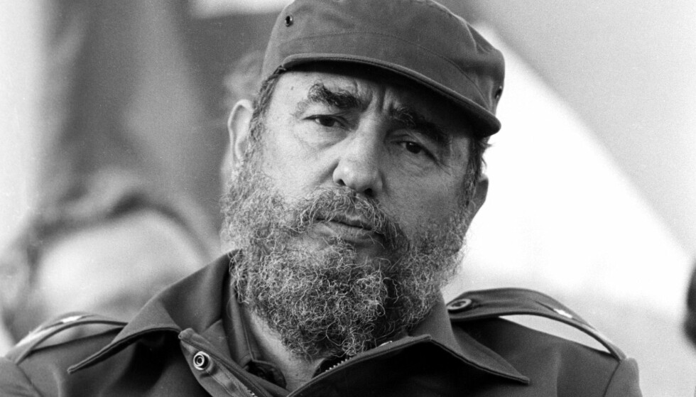 FORSØKT MYRDET: Cubas kommunistleder Fidel Castro unngikk alle de 638 fellene amerikanerne satte opp for ham. Blant annet byttet han stadig mellom 40 forskjellige boliger i Havana og holdt sitt dagsprogram tett inntil brystet. Foto: NTB SCANPIX/DagbladetS