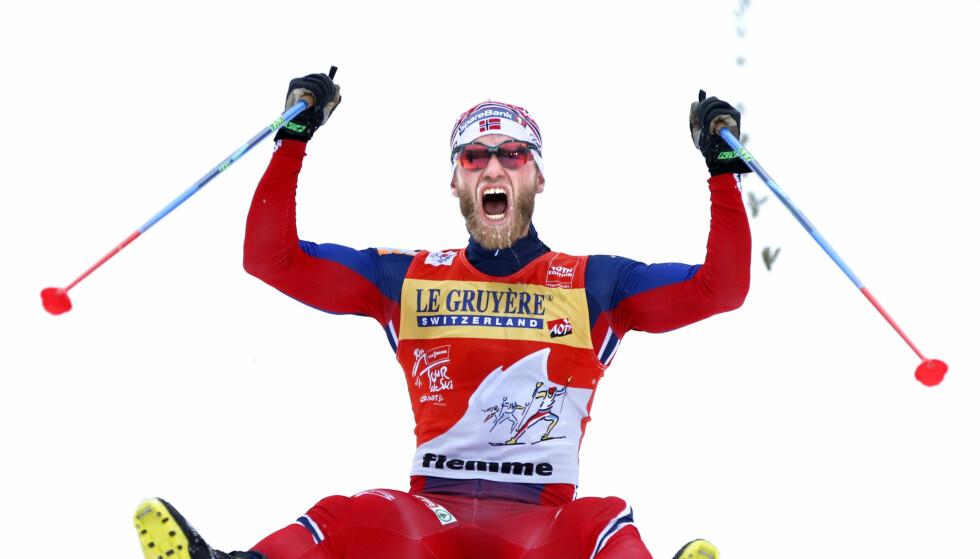 EN VANT VINNER: Martin Johnsrud Sundby har to seire i Tour de Ski. Her fra fjorårets suverene seier på toppen av monsterbakken Alpe Cermis. Foto: Terje Pedersen / NTB Scanpix